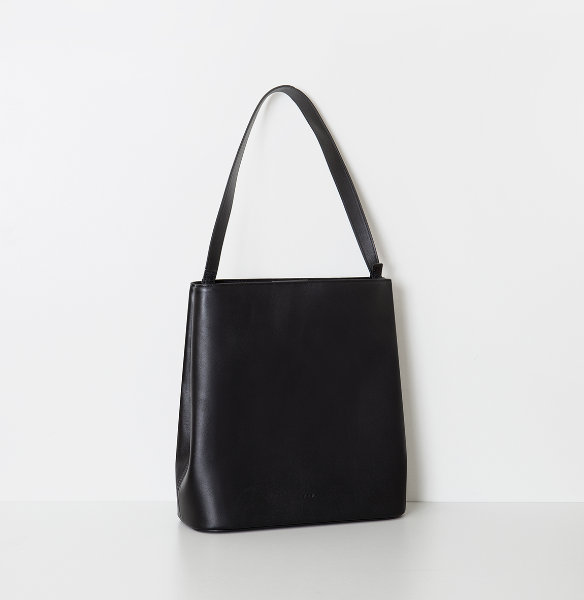 Aline Hobobag Black