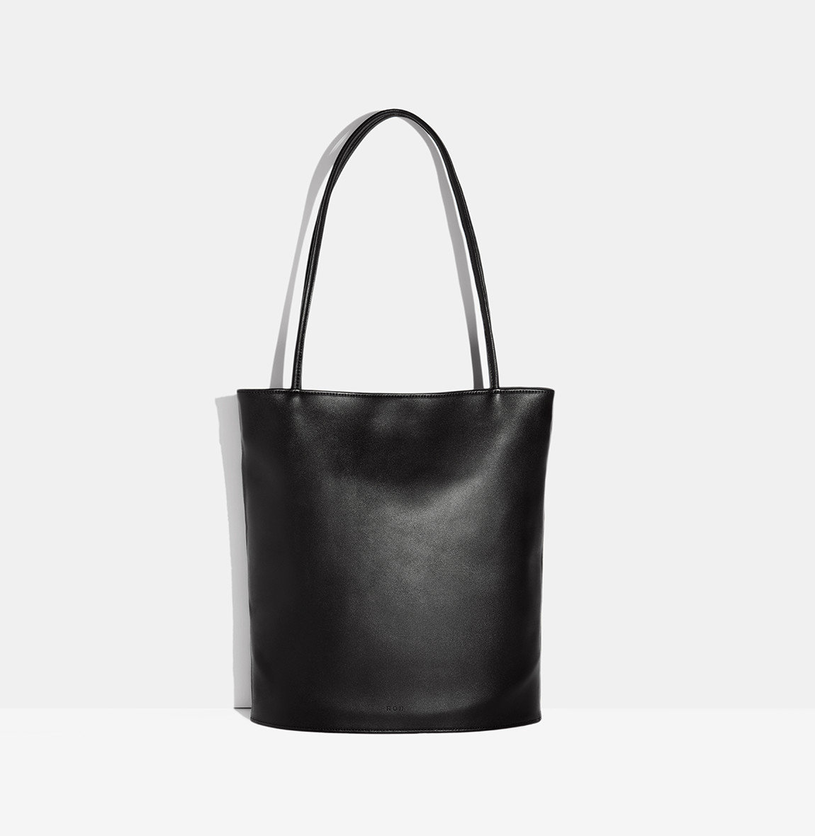 Oval Shoulder Bag Black