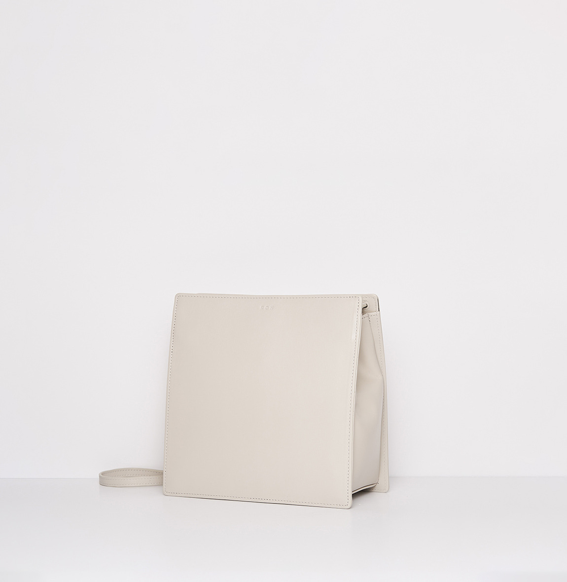 ROH Ladder bag Ivory